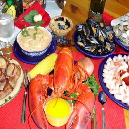Jumbo Colossal Lobsterbake, Lobsterbake, 3 Pound Lobsters, 3 lb. Lobsters, Maine Lobsters ...